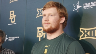 Baylor Players Saulin and Woods talk during the bye week