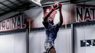 Q&A with rising 2023 Del Valle (TX) wide receiver Braylon James